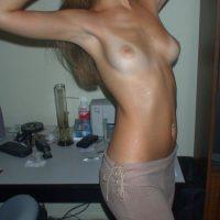 Jeune femme 20 ans ch câlin torride
